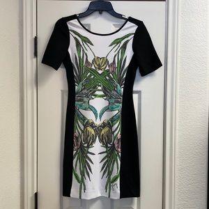 Juicy Couture tulip floral sheath dress zipper bac